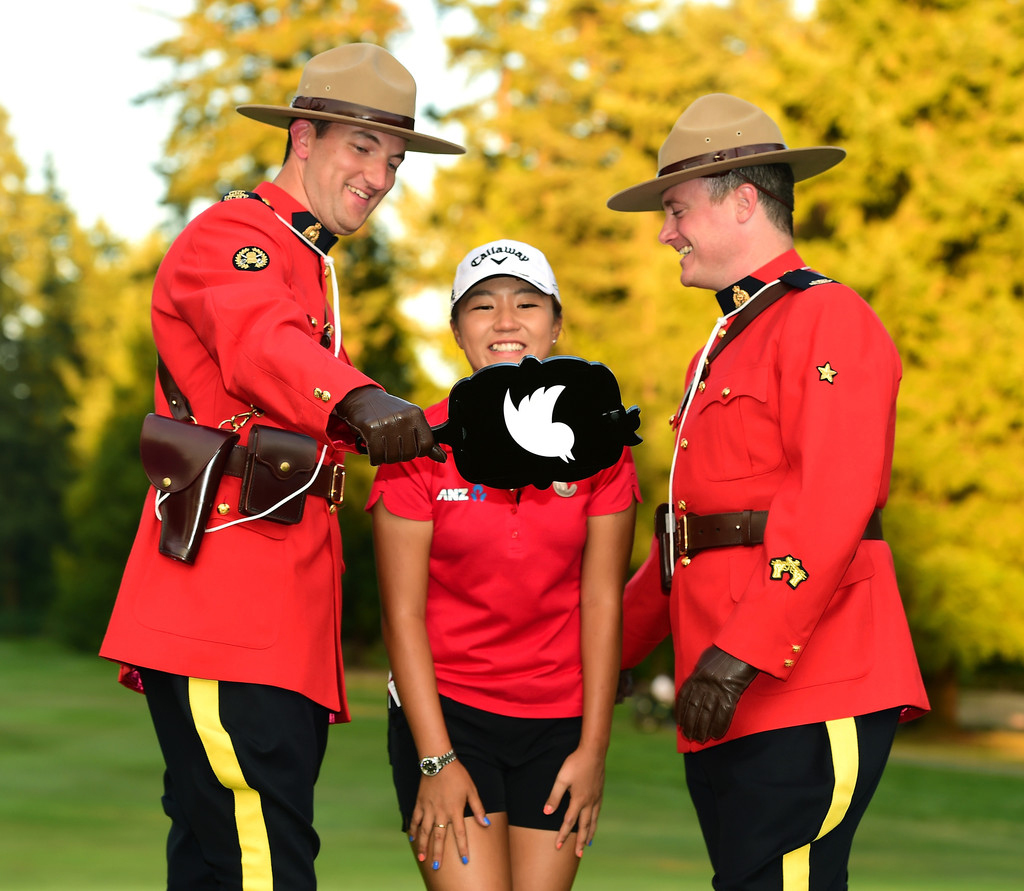 rcmp enlist women