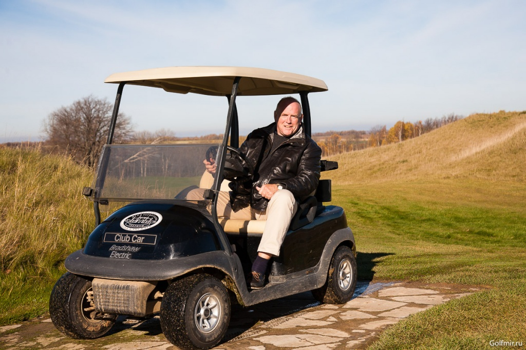Paul Thomas Геленджик Гольф Резорт Golfmir.ru 1000.jpg